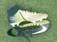 NIKE CR7 FOOTBALL SOCK BOOTS size 7