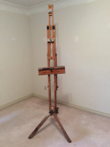 Studio easel for sale