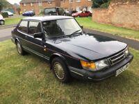 Saab 900 Classic Car