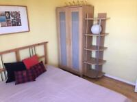 Double room to rent in Southfields !