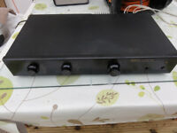 Rare British Audiophile QED amplifier with MM/MC Excellent working order