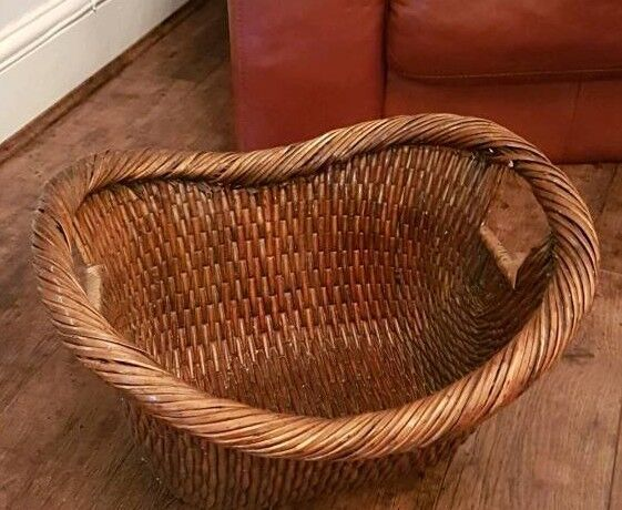 Log Basket Immaculate Condition