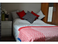 *NO AGENCY FEES TO TENANTS* Lovely double bedroom available in friendly, professional house share.
