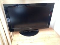 Selling LG 32 inch HD Ready Digital LCD TV for £50