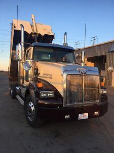 2007 western star Gravel Dump truck for sale