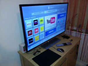 "Toshiba 40"" LCD Smart Tv."
