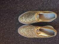 BRAND NEW Size 4 gold glitter trainers