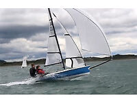 RS400 - BRAND NEW SAILS AND RUDDER - Used only once