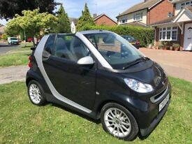 2010 SMART FOR TWO PASSION MHD CONVERTIBLE AUTO BLACK WITH CONTRATING CLOTH INTERIOR FULL SERVICE