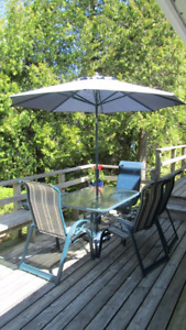 Sojag Patio table, umbrella and 4 chairs