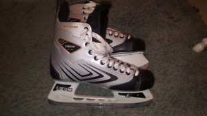 Patin de hockey CCM