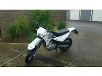 Sinnis blade 125cc
