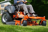 Lawn care labourers needed starting at $13/hr