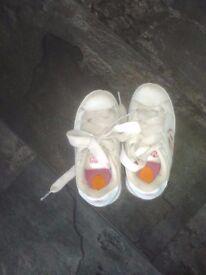 Girls size 1 Heelys