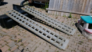 Super heavy duty aluminum ramps
