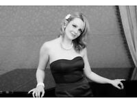 Experienced Pianist needed for Jazz Singer