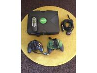 Xbox 2 pads 2 games