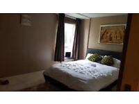 Modern 3bedroom apartment newly refurbished with heating included!