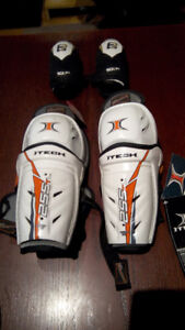 For Sale: Youth Kids Hockey Equipment Shin Pads Elbow Pads