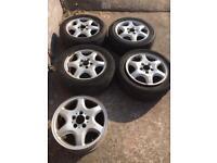 Set of 5 alloy wheels
