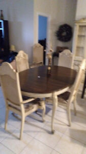 Dining Room Table and Chairs ,Buffet and Hutch