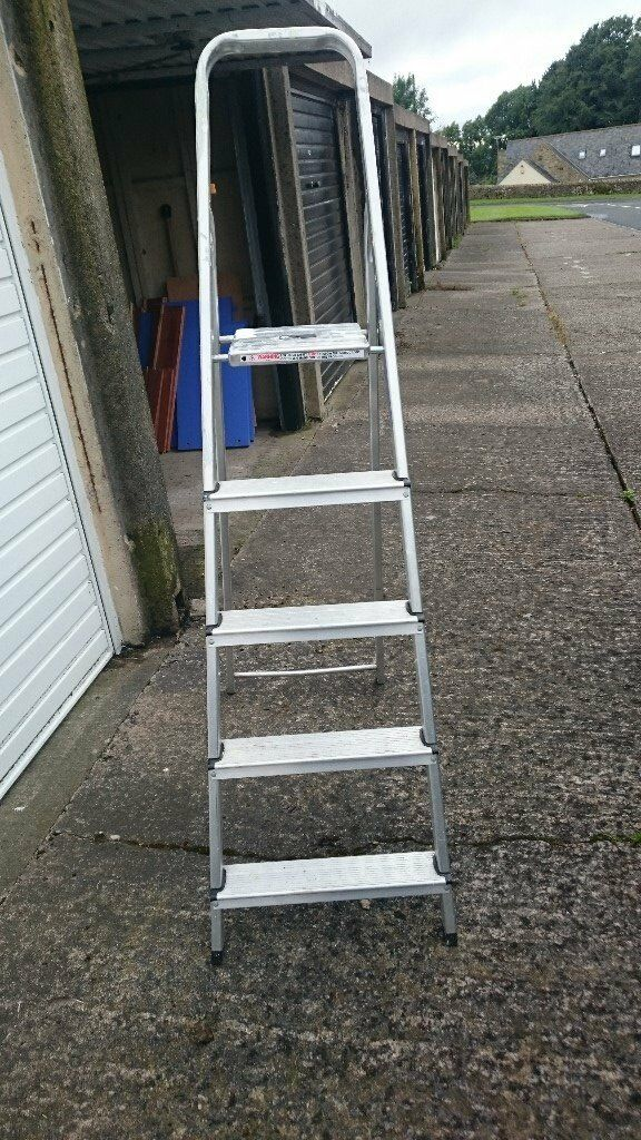 Step Ladders Hombase Class 3 Domestic Step Ladders