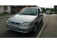 Citron saxo 1.1 petrol 5 door 1 year MOT good condition