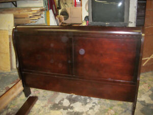 REAL ANTIQUE SLEIGH BED