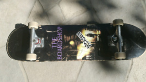 Selling complete skateboard cheap!