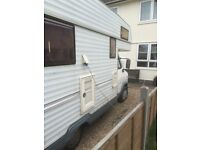 4 BERTH SHOWER SINK CASSETTE TOILET COOKER FRIDGE SINK FIRE 7 MONTHS MOT VIEWING A MUST