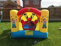 Kids bouncy castle boxed like new