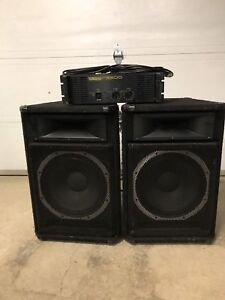 Peavey SP5 Speakers (Pair) , Yamaha P3500 Amplifier & Cables