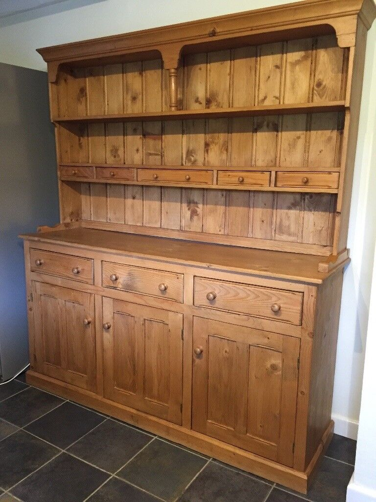 Solid Pine Kitchen Dining Room Dresser Quick Sale Storage And Display Great Condition