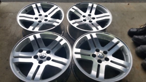 """Oem 18"""" dodge charger rt rims -BARRIE"""