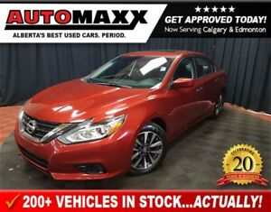 2016 Nissan Altima 2.5 SV! w/Sunroof!