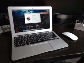 MacBook Air (11-inch, Early 2014) - 1.4Ghz 4GB RAM - excellent condition