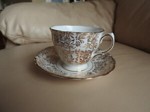 Teacup and Saucer - Gold floral
