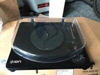 Ion Vinyl player