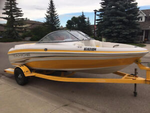 2009 Tahoe Q4 18.5ft speed boat