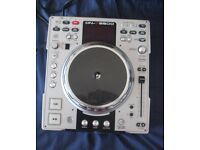 Denon DN-S3500 CD Scratch Turntable - On par with Pioneer CDJ1000 (MINT CONDITION)