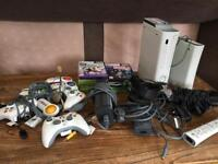 X BOX 360, KINECT, HD DRIVE + ALL CONTROLS + 10 GAMES
