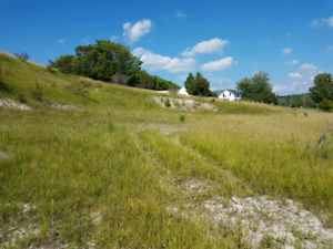 3 prime Highway 2 building lots available in colborne big Apple