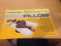 Maternity support pillow U shaped