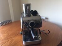 Stylish polished silver Dualit coffee machine + extras £100ono