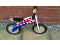 Kiddimoto kurve wooden balance bike barely used