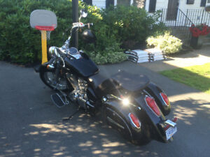 Beautiful Honda shadow 750cc- black and Chrome - $3450 or trade