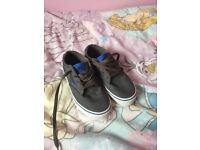 Boys genuine vans size 13 worn just once like new!