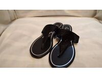 NEW Black George Womens Sandals Size 6