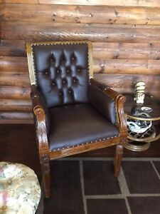 Solid wood / leather Georgian chair