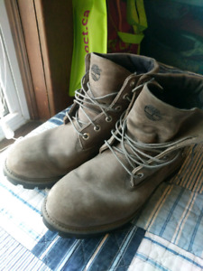 Timberland boots size 10 mens 40$ obo